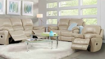 Rooms to Go Summer Sale and Clearance TV Spot, 'Luxurious Living Room Set'
