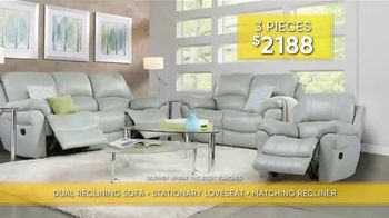 Rooms to Go Summer Sale and Clearance TV Spot, 'Luxurious Living Room Set' - Thumbnail 5
