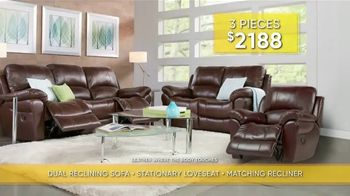 Rooms to Go Summer Sale and Clearance TV Spot, 'Luxurious Living Room Set' - Thumbnail 6