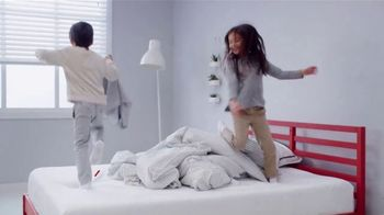 Mattress Firm Evento Flashback TV Spot, 'El año que fuimos fundados' [Spanish] - Thumbnail 8