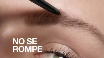 Maybelline New York Brow Ultra Slim TV Spot, 'Cejas definidas con precisión' con Adriana Lima [Spanish] - Thumbnail 7