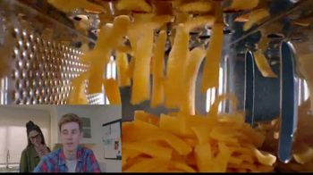 Jack in the Box Sauced & Loaded Fries TV Spot, 'Food Watch' Song by Nick Kingsley - Thumbnail 3
