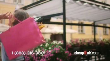 CheapOair TV Spot, 'Look Who's Cheap Now' - Thumbnail 4
