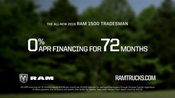 Ram Trucks Labor Day Sales Event TV Spot, 'Win Over Fans' Song by Eric Church [T2] - Thumbnail 9
