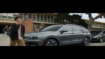 Volkswagen Drive Bigger Event TV Spot, 'Pick Up' [T2] - Thumbnail 1