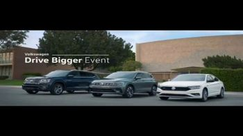 Volkswagen Drive Bigger Event TV Spot, 'Pick Up' [T2] - Thumbnail 7