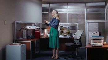 Postmates TV Spot, 'How to Make Grilled Salmon: Gasoline' Featuring Martha Stewart - Thumbnail 3