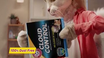 Arm & Hammer Pet Care Cloud Control TV Spot, 'Mask' - Thumbnail 6