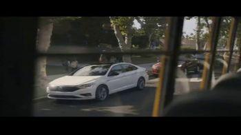 Volkswagen Drive Bigger Event TV Spot, 'Drop Off' [T2] - Thumbnail 1
