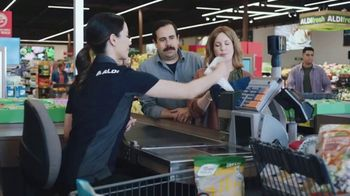 ALDI TV Spot, 'Get Hooked Up With Savings' - Thumbnail 1