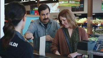 ALDI TV Spot, 'Get Hooked Up With Savings' - Thumbnail 5
