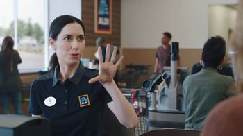 ALDI TV Spot, 'Get Hooked Up With Savings' - Thumbnail 6