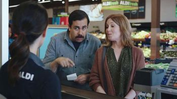 ALDI TV Spot, 'Get Hooked Up With Savings' - Thumbnail 7