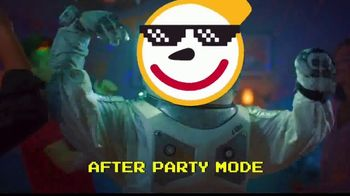 Jack in the Box Sauced & Loaded Fries TV Spot, 'Party Mode' - Thumbnail 6