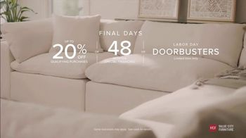 Value City Furniture Labor Day Sale TV Spot, 'Doorbusters Extended: Free Ottoman' - Thumbnail 10