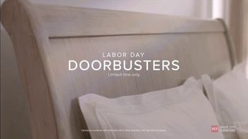 Value City Furniture Labor Day Sale TV Spot, 'Doorbusters Extended: Free Ottoman' - Thumbnail 7