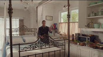AT&T Internet TV Spot, 'Just OK: Bed & Breakfast Bundle: $100 Reward' - Thumbnail 3