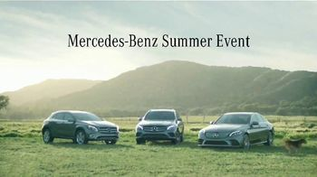 Mercedes-Benz Summer Event TV Spot, 'Rescate' canción de Layup [Spanish] [T2] - Thumbnail 9