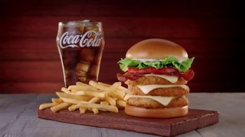 Jack in the Box Really Big Chicken Sandwich Combo TV Spot, 'That's Amazing' - Thumbnail 3