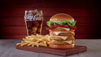 Jack in the Box Really Big Chicken Sandwich Combo TV Spot, 'That's Amazing' - Thumbnail 4