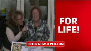 Publishers Clearing House TV Spot, 'Win $1,000 a Day for Life: Big Check' Featuring Steve Harvey - Thumbnail 6