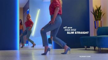 Old Navy High-Rise Slim Straight Jeans TV Spot, 'Reunion: 50 Percent: Adults & Kids' - Thumbnail 4