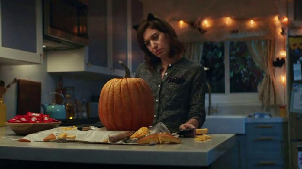Kit Kat Halloween Commercial 2020 KitKat TV Commercial, 'Jack O' Lantern'   iSpot.tv