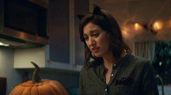 KitKat TV Spot, 'Jack-O'-Lantern' - Thumbnail 5