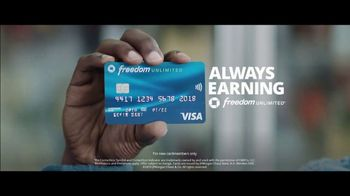 Chase Freedom Unlimited Card TV Spot, 'Earning on Everything' Featuring Kevin Hart - Thumbnail 7