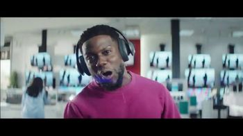 Chase Freedom Unlimited Card TV Spot, 'Earning on Everything' Featuring Kevin Hart - Thumbnail 2