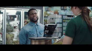 Chase Freedom Unlimited Card TV Spot, 'Earning on Everything' Featuring Kevin Hart - Thumbnail 6