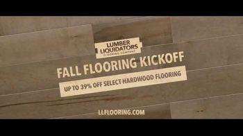Lumber Liquidators Fall Flooring Kickoff TV Spot, 'Bellawood Distressed Oak' - Thumbnail 10