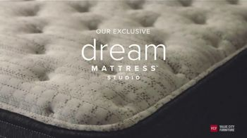 Value City Furniture TV Spot, 'Dream Mattress Studio: Beautyrest Silver'