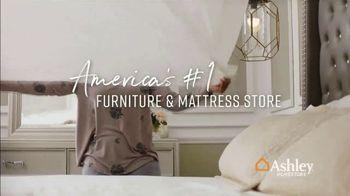 Ashley HomeStore End of Season Mattress Sale TV Spot, 'Chime Mattress' Song by Midnight Riot - Thumbnail 9
