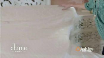 Ashley HomeStore End of Season Mattress Sale TV Spot, 'Chime Mattress' Song by Midnight Riot - Thumbnail 7