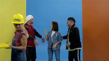 M&M's Hazelnut Spread TV Spot, 'Univision: 2019 Premios Juventud' con Lali Espósito, Play-N-Skillz [Spanish] - Thumbnail 6