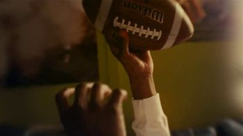Dick's Sporting Goods TV Spot, 'Your Year Starts Here' Song by Samm Henshaw - Thumbnail 7