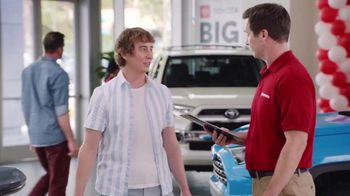 Toyota Big One Sales Event TV Spot, 'Easy: Leg Day' [T2] - Thumbnail 3