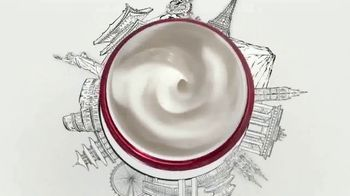Olay Regenerist Micro-Sculpting Cream TV Spot, 'Unbeaten Around the World' - Thumbnail 2
