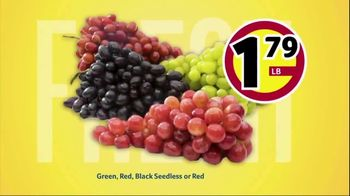 Winn-Dixie TV Spot, 'Ultimate Summer Savings: Grapes and Pork Chops' - Thumbnail 3