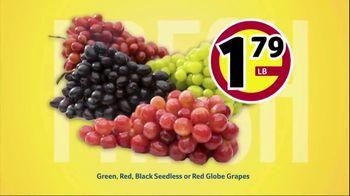 Winn-Dixie TV Spot, 'Ultimate Summer Savings: Grapes and Pork Chops' - Thumbnail 4