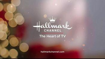 Hallmark Keepsake Ornaments TV Spot, 'Hallmark Channel: Baby's First Christmas' - Thumbnail 7