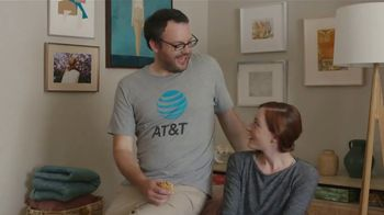 XFINITY TV Spot, 'Don't Live With AT&T' - Thumbnail 5
