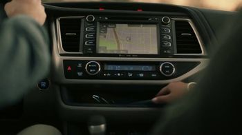 2019 Toyota Highlander TV Spot, 'Best Seats in the House' [T2] - Thumbnail 3