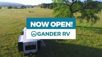 Gander RV TV Spot, 'Warehouse Pricing' - Thumbnail 3