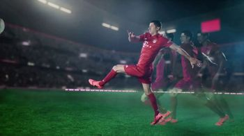 Qatar Airways TV Spot, 'All Together FC Bayern München' - Thumbnail 8