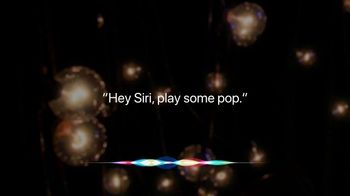 Apple iPhone Siri TV Spot, 'MTV: Pop' - Thumbnail 5