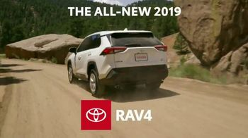 2019 Toyota RAV4 TV Spot, 'More Standard Features' [T2] - Thumbnail 4
