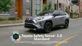 2019 Toyota RAV4 TV Spot, 'More Standard Features' [T2] - Thumbnail 7