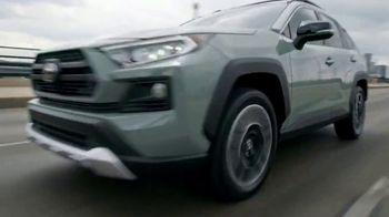 2019 Toyota RAV4 TV Spot, 'More Standard Features' [T2] - Thumbnail 8